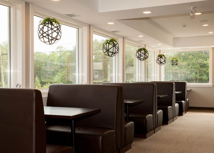 Seating booths at Pebbles Family Buffet